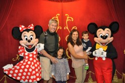 Encontro com Mickey Mouse e Minnie