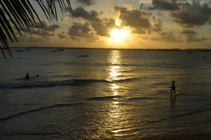 Na água até o último raio de sol