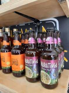 Cervejas de umbu e maracujá do mato