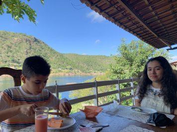Hospedagem em Piranhas -Café da manhã com vista para o rio