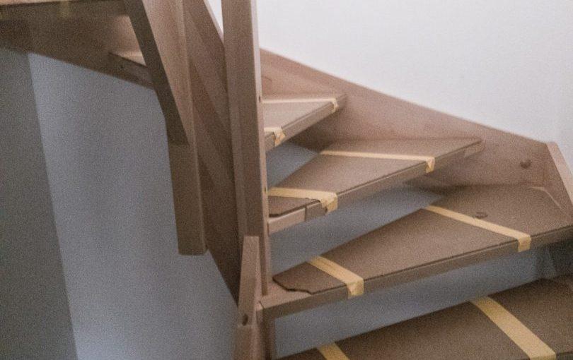Die Treppe ist da, wir können wieder nach oben…