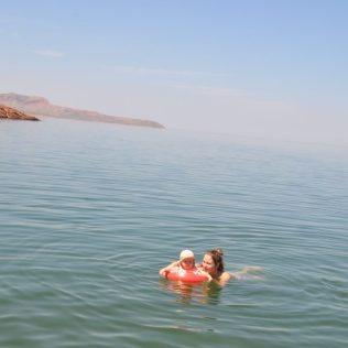 (C) Jule Reiselust: Baden im Lake Argyle.