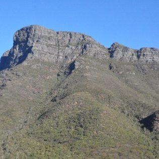 (C) Jule Reiselust: Der höchste Berg Westaustraliens, der Mount Bluff Knoll im Stirling Range Nationalpark.