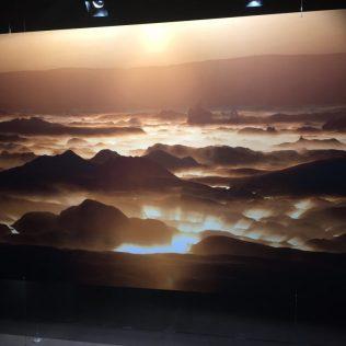 (C) Jule Reiselust: Lichterspiel in einer Lagune auf Island. Die Eisschollen reflektieren das Licht der untergehenden Sonne.