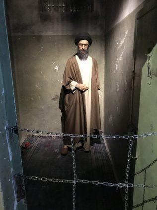 (C) Jule Reiselust: Chamenei im Ebrat.