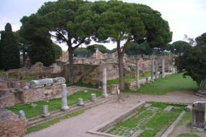 rom ostia forum