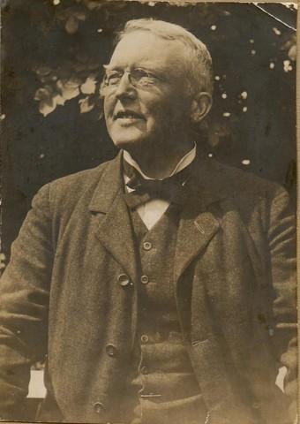 En af Olufa og Hilmar Finsens sønner, John Finsen, var dommer ved Købemhavns Birk