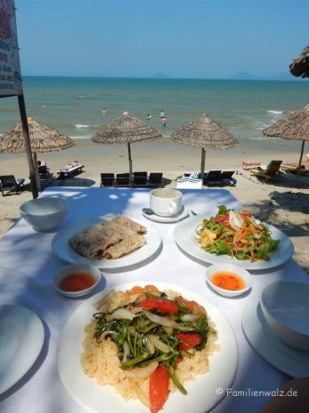 Lunch am Cua Dai Beach