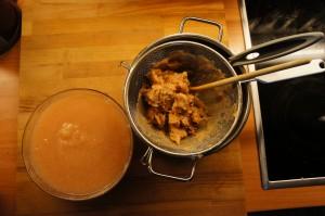 frisch gekochtes Apfelmus