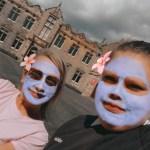 Kayde & Jan in face mask filter