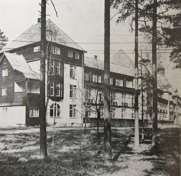 Huvudbyggnaden på Romanäs Sanatorium.