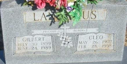 Gilberts gravsten på the Baptist Ford Cemetery, Greenland i Arkansas. Källa: Findagrave.com.