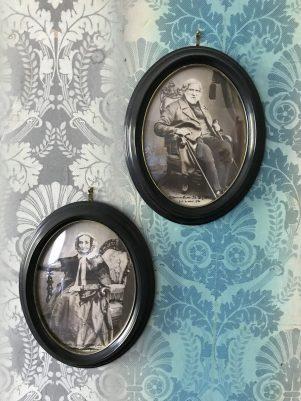 Sven Johan och Annette Maries porträtt i gamla 1800-talsrummet på Boarp. Foto: Esben Alfort 2018.