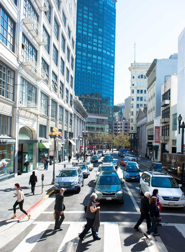 crossing-the-street-sf