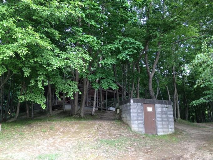 厚真町 大沼野営場のキャンプ場受付管理棟