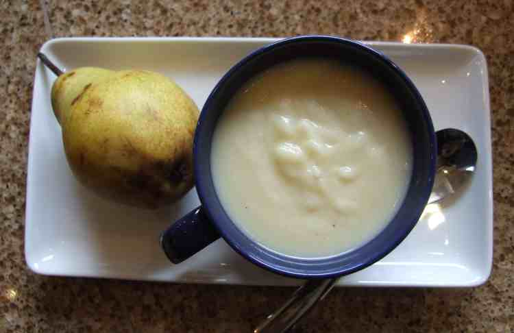 Parsnip soup with pears, coconut & ginger