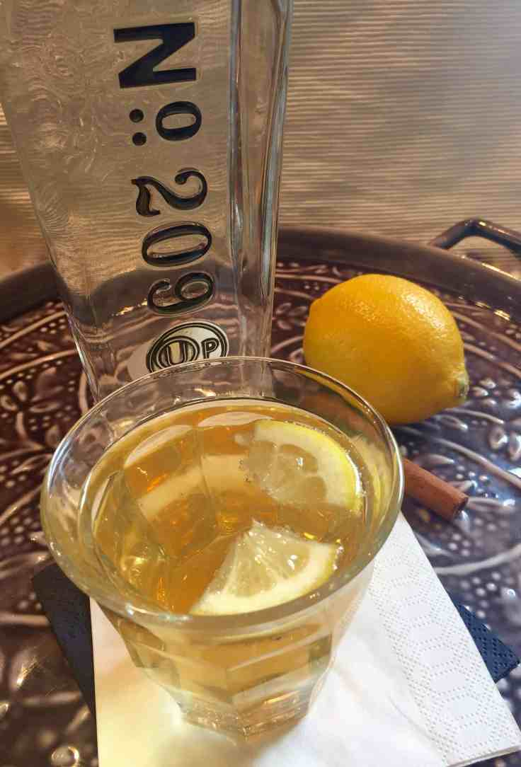jewish mothers ruin - a gin cocktail for Pesach