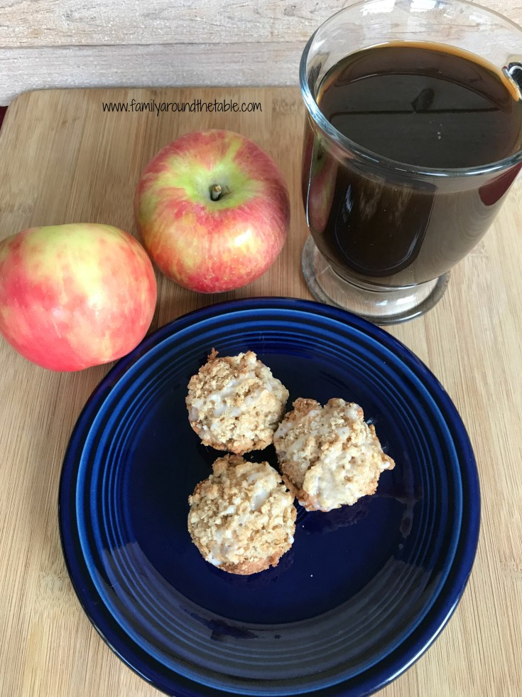 Mini Apple Muffins with Oatmeal Streusel Topping • Family Around the Table