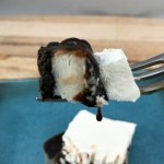 Just look at the luscious layers in this no-bake Oreos and cream dessert.