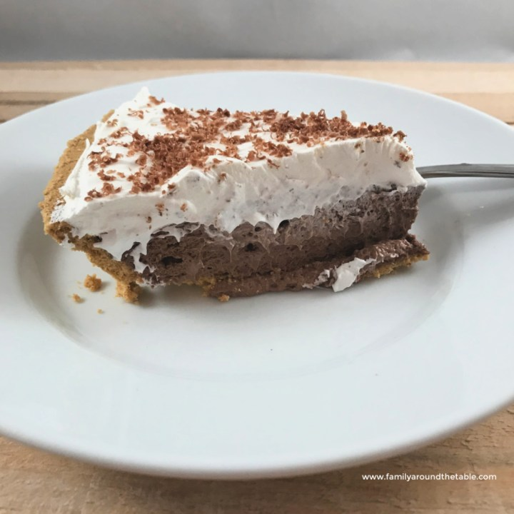 No bake double layer pudding pie is perfect for all your summer entertaining.