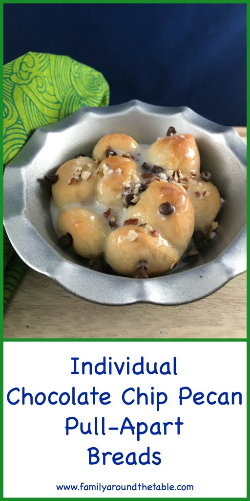 Individual chocolate chip pecan pull apart breads are a fun dessert for the kids when they go back to school. #Back2School #ad #rhodesbread