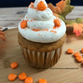 Pumpkin Spice Cupcakes with Vanilla Bean Buttercream