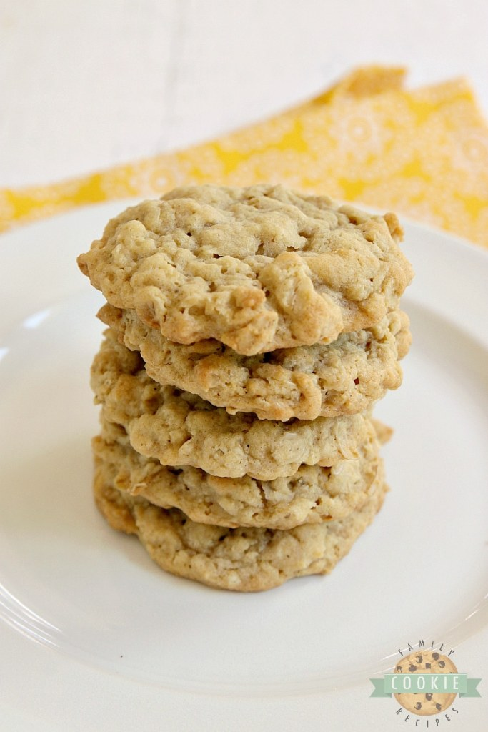 Easy oatmeal cookie recipe with bananas