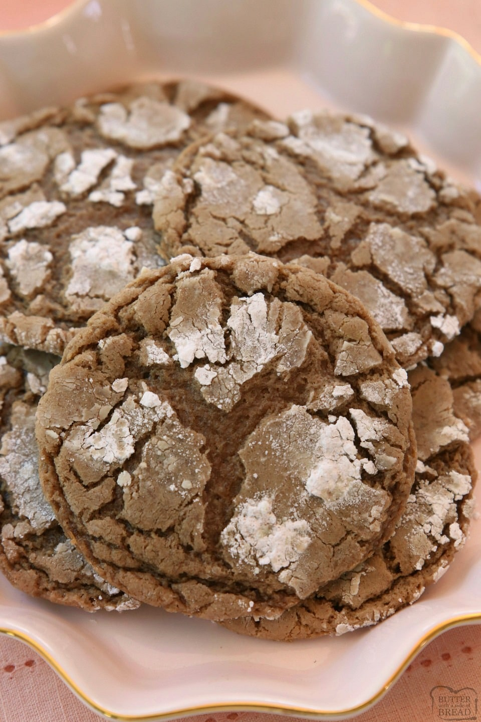 How to make Cinnamon Chocolate Crinkle Cookies
