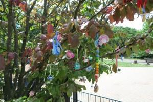 FEZ // Dummy (pacifier) tree