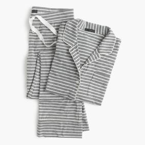 Gifts For Mom Under $100 - Dreaming Cotton Pajama Set