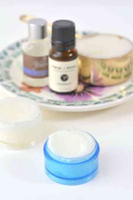 All-Natural-Peppermint-Lavender-Homemade-Vapor-Rub