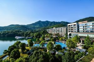 Intercontinental One Thousand Island Qiandao Lake