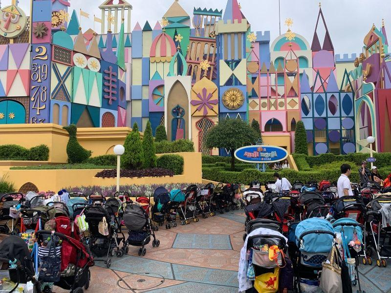 Tokyo-Disneyland-Tokyo-DisneySea-Tips-for-First-Timers-stroller-parking