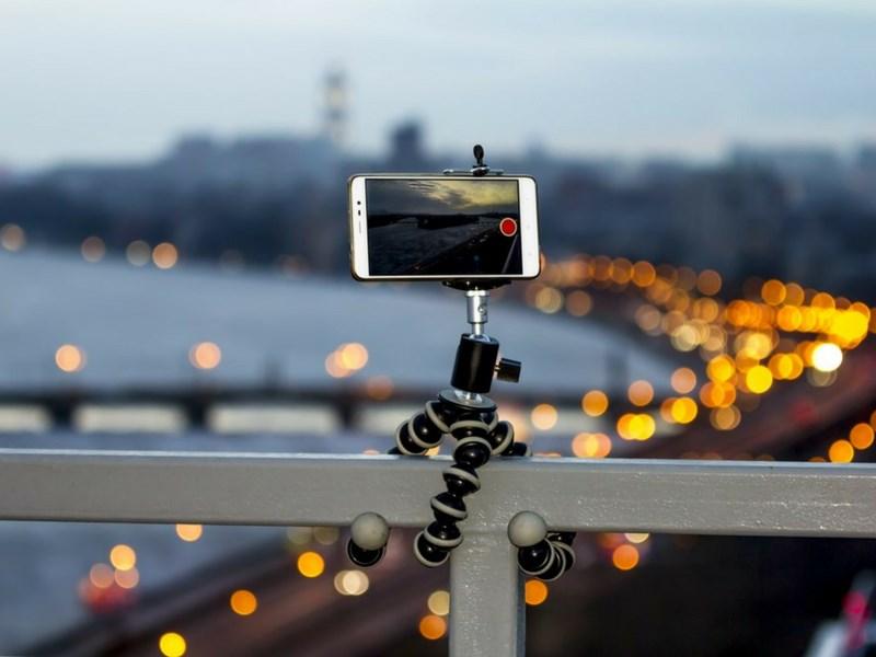 Best Family Selfie Smartphone Tripods