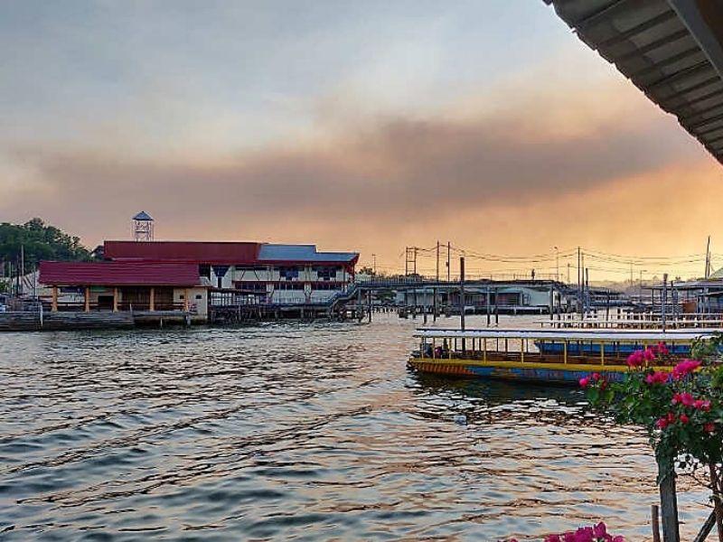 Kampng Ayer water viallge, Brunei