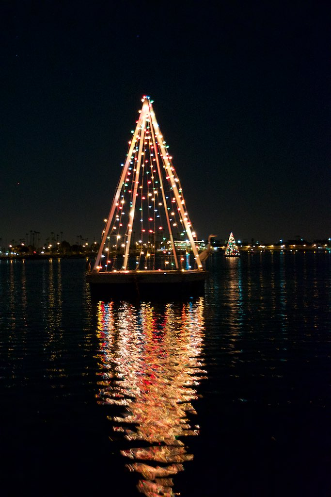 The bay was decorated with floating christmas trees - we were lucky to get the last day would be lit, and took a dinghy ride at night to appreciate them from close by