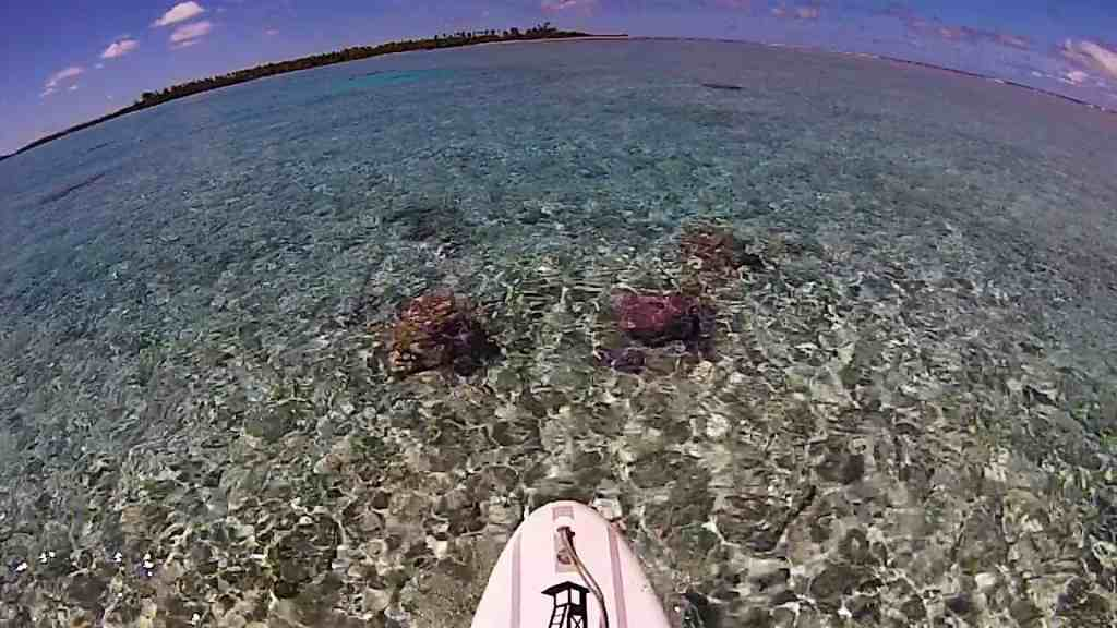 paddleboard-ride-in-hirifa-fakarava