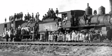 250,000 Rode America's Orphan Trains: Were Your Ancestors Among Them?