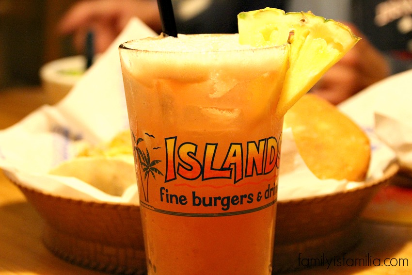 Delicious Pineapple Season at Islands Restaurants #pineappleparadise