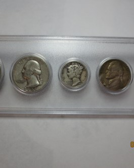 1941 Year set mostly silver coins in Whitman plastic holder nice