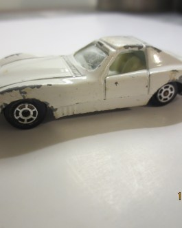 Vintage Yatming Chevrolet Corvette Racer 1002 car White Nice condition