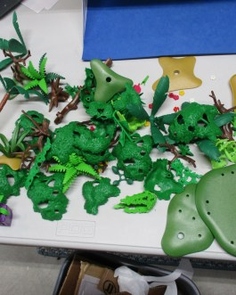 50+ piece lot Playmobil Trees Plants Greenery wood flowers forest branches Parts lot