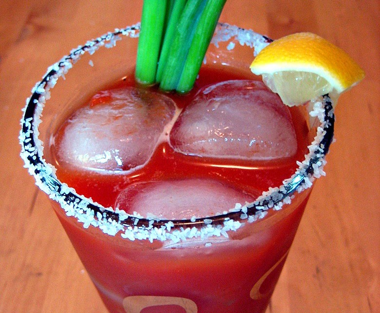 bloody mary, drink, how to make a bloody mary, garnish, best bloody mary