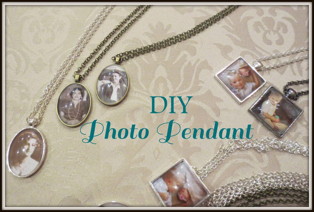 photo pendant title
