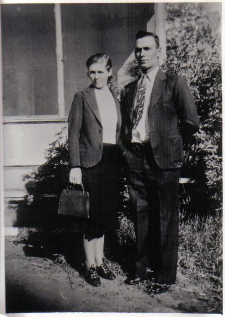 Ettie and Les