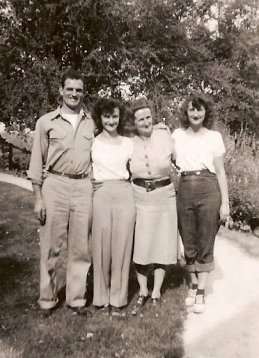 Ted, Nan, Florence, Erma summer of 1947