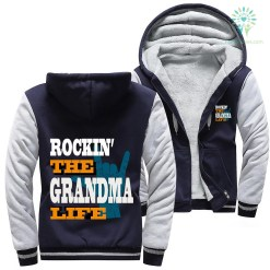 familyloves.com Rockin' the grandma life woman hoodie %tag