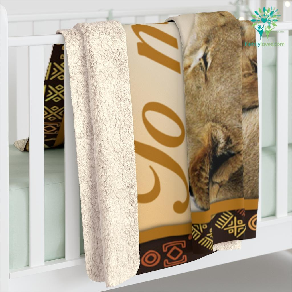 Lion To Son From Mom Never Feel That You Are Alone No Matter How Near Or Far Apart Sherpa Fleece Blanket Familyloves.com
