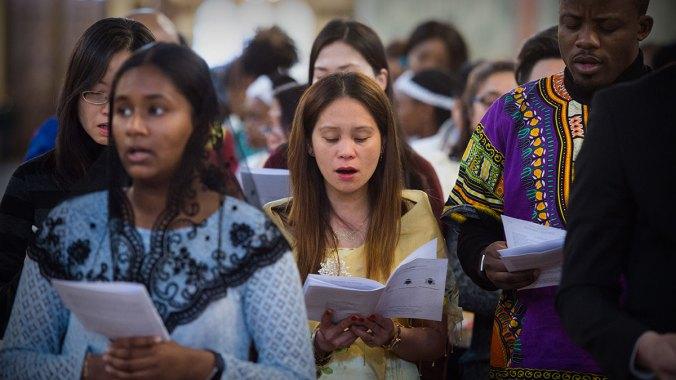 Migrants' Mass