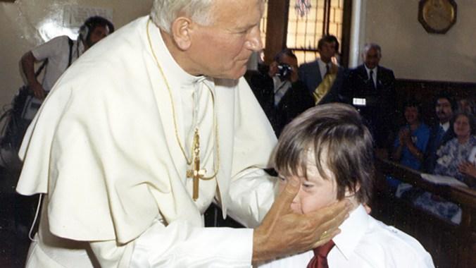 Pope John Paul II visits Saint Joseph's Hospital